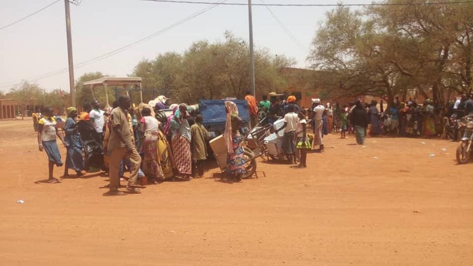 Déplacés à Ouagadougou: le Gouvernement veut éloigner la face visible de son échec de Ouagadougou