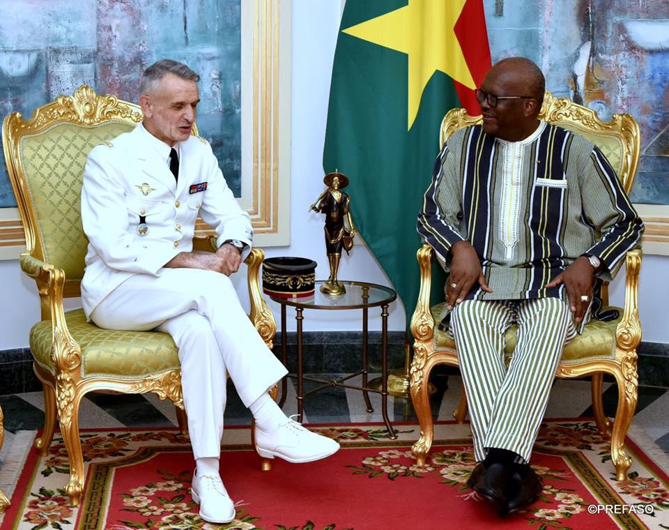 Coopération militaire : le commandant de la force Barkhane fait ses adieux au président du Faso.