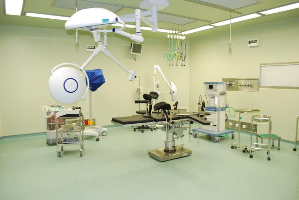 CHU de Tengandogo ( ex Hopital Blaise Compaoré) : campagne gratuite de chirurgie de la cataracte