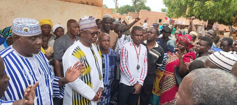 """Kongoussi: face aux déplacés nous devrions évité de faire de la mort de nos compatriotes un fond de commerce politique""""  Armand Béoindé"""