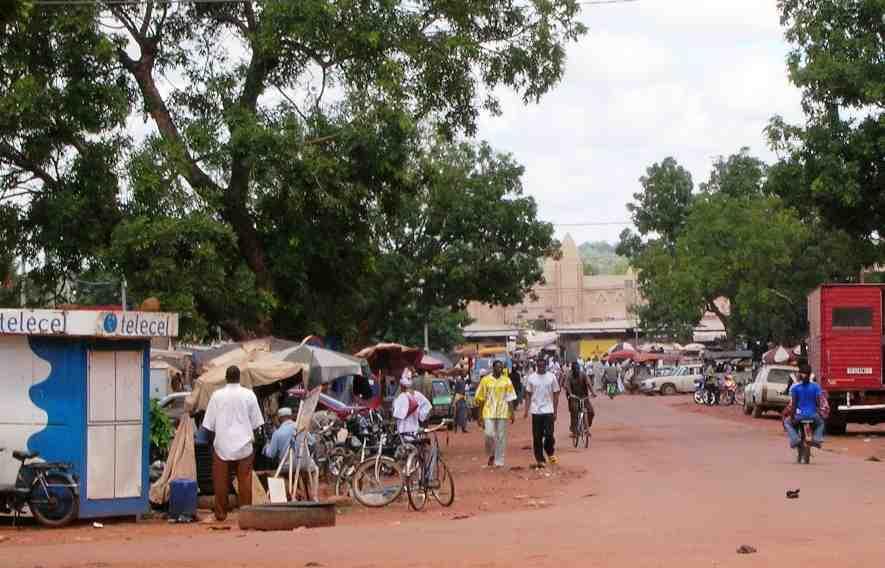 Bobo Dioulasso : le SYNTSHA se dit menacé par des jeunes
