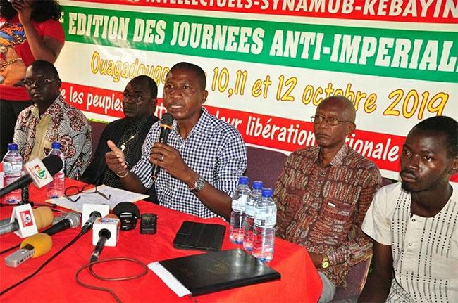 Interdiction de la marche contre les bases militaires étrangères en Afrique : les organisateurs dénoncent une «dérive fascisante du pouvoir du MPP et alliés»