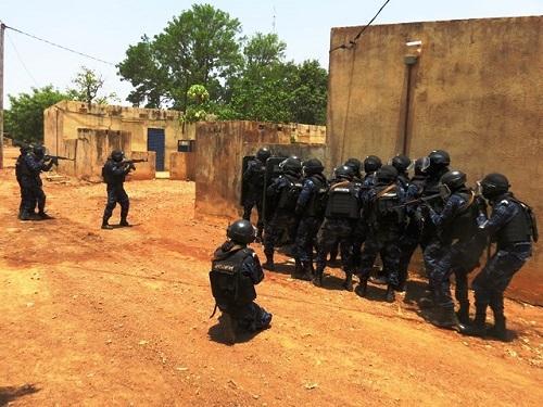 Police nationale : Exercice de simulation de riposte en cas d'attaque ce jeudi 14 novembre 2019.