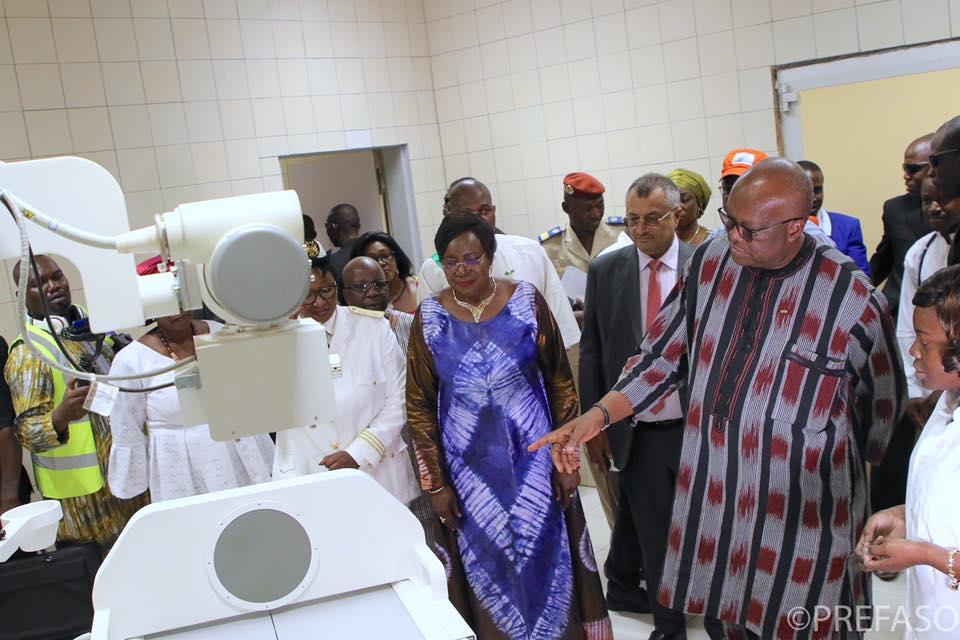 Centre hospitalier régional de Ziniaré : un complexe sanitaire de 300 lits pour des soins de qualité.