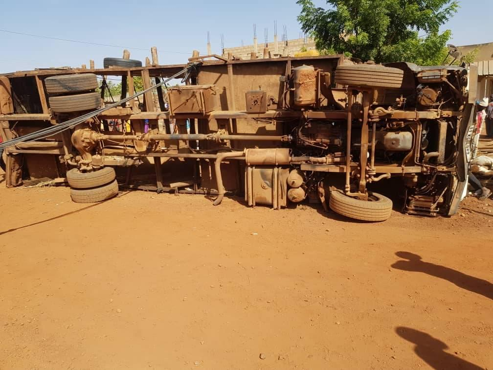 Korsimoro: un camion se renverse