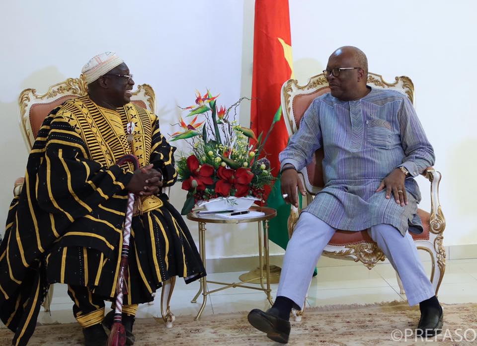 Bitumage de la route nationale n°17 : Naba Sonré de Ouargaye plaide auprès du chef de l'Etat.