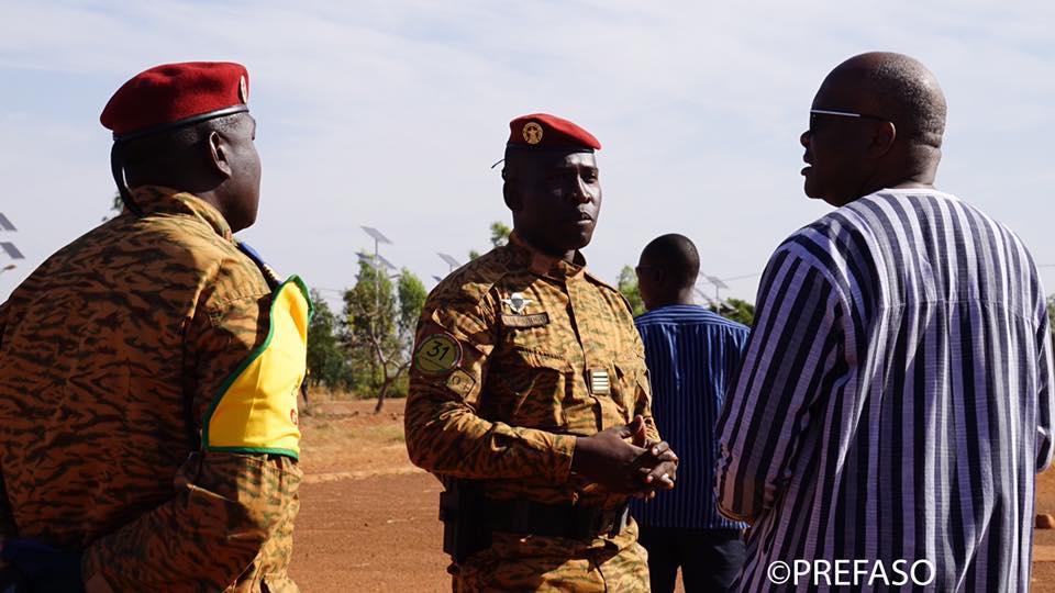 Sécurité : le président du Faso échange avec le commandant du 31è RIC