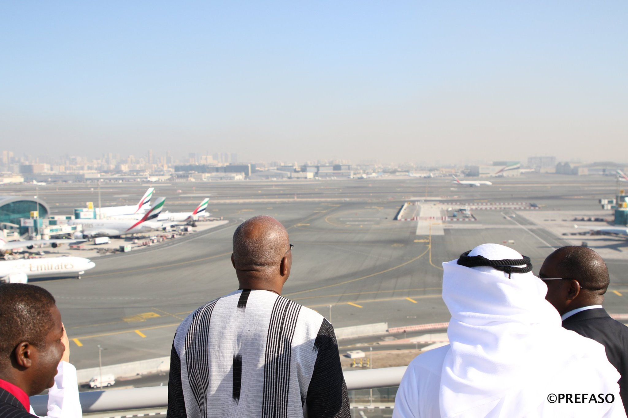 Ouagadougou-Dubaï : le président du Faso veut une desserte aérienne pour les passagers.