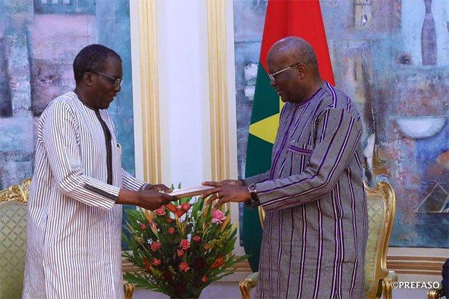 Burkina-Sécurité: Le document de Politique de Sécurité nationale remis au président du Faso.