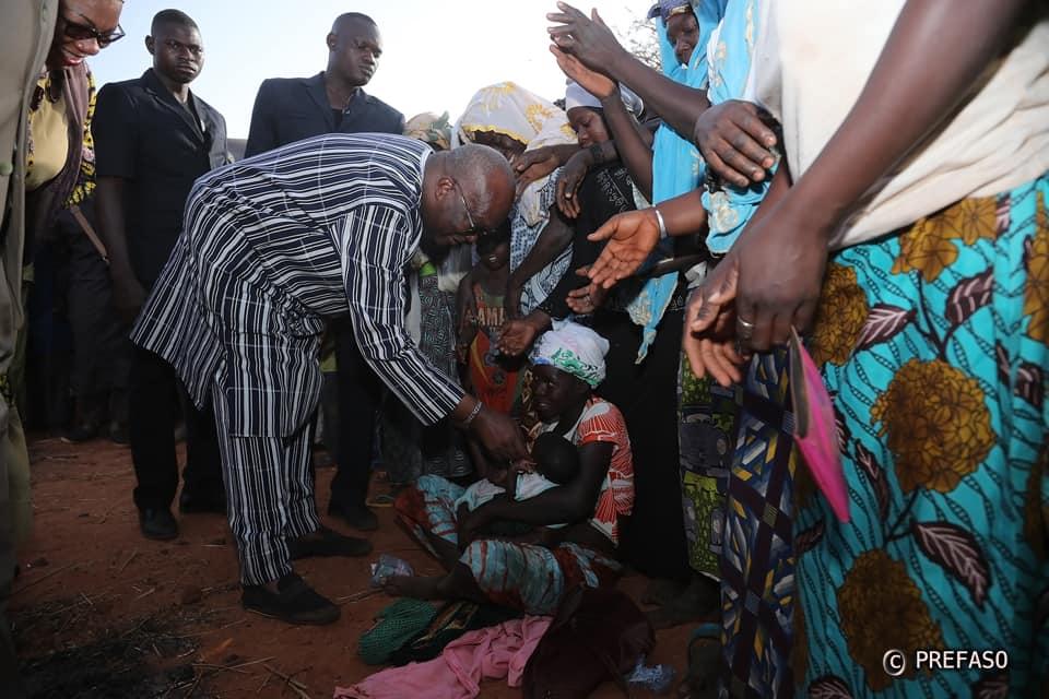 Situation humanitaire dans le Centre-Nord : le président du Faso à l'écoute des déplacés internes.