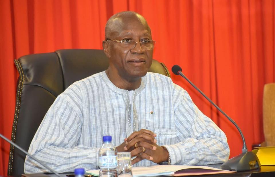 Burkina: Le Premier ministre prend un décret portant réouverture des frontières aériennes