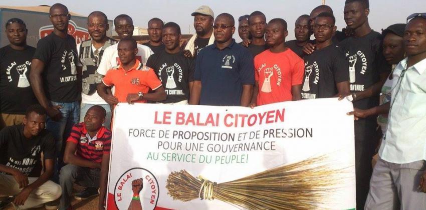 Don d'ambulances aux communes: Le Balai Citoyen dénonce l'usage éhonté des biens publics à des fins de campagne