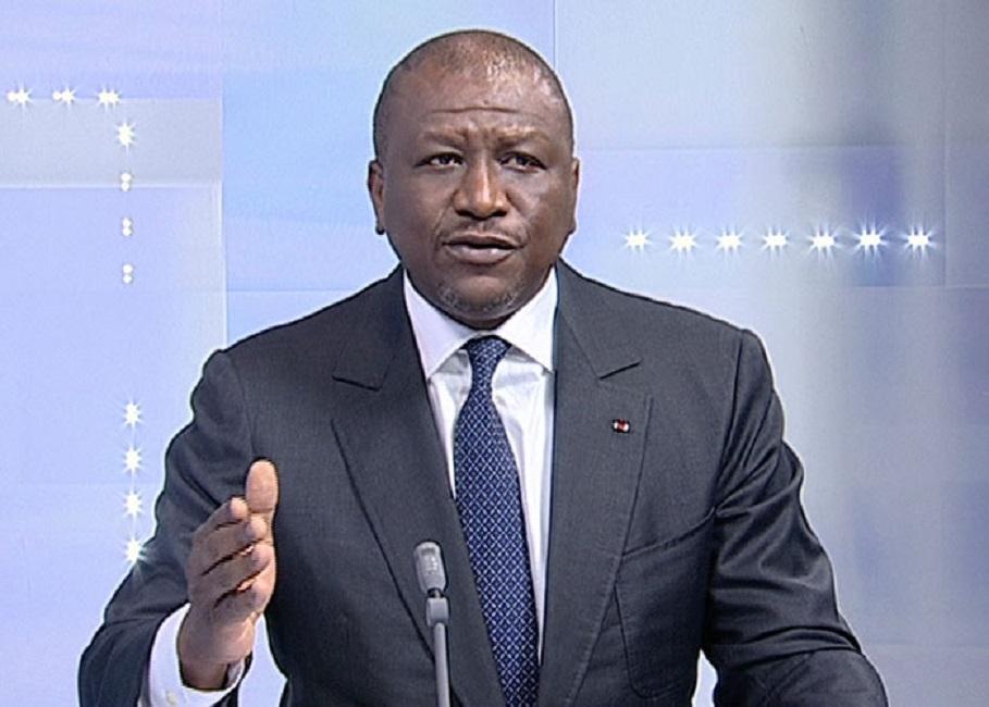 Côte d'Ivoire: Hamed Bakayoko porte plainte contre des journalistes et des cyberactivistes