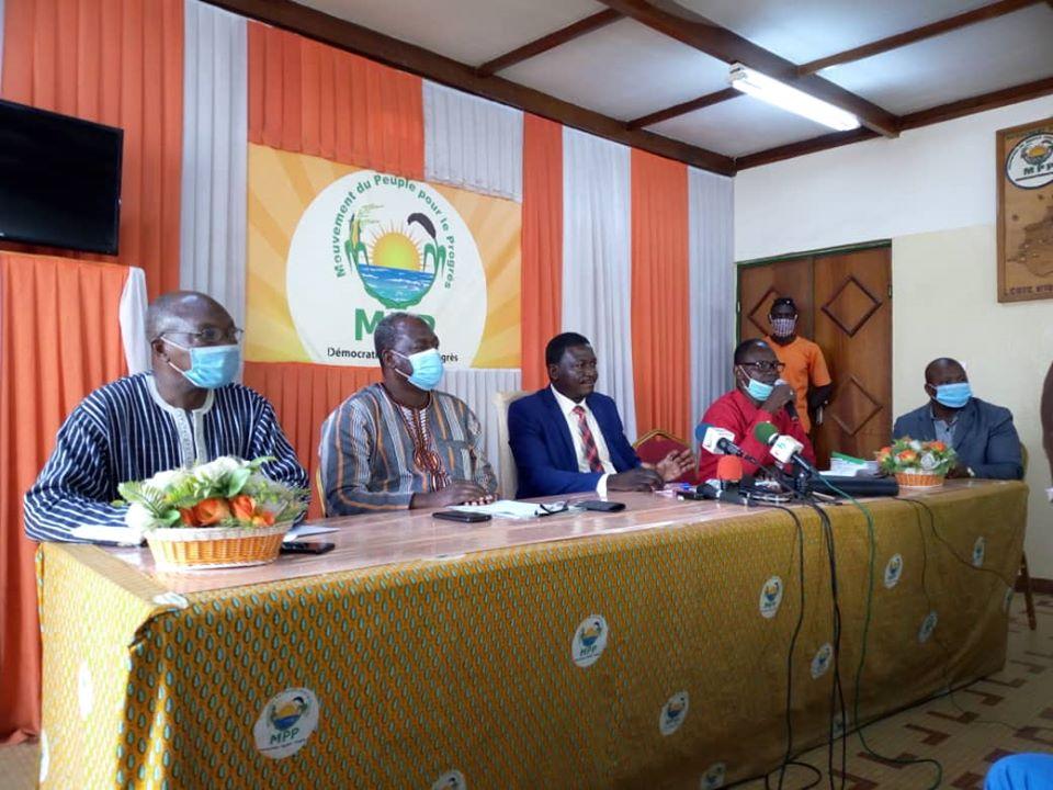 Affaire 77 véhicules de la mairie de Ouagadougou : la procédure de passation des marchés a été rigoureusement suivie.
