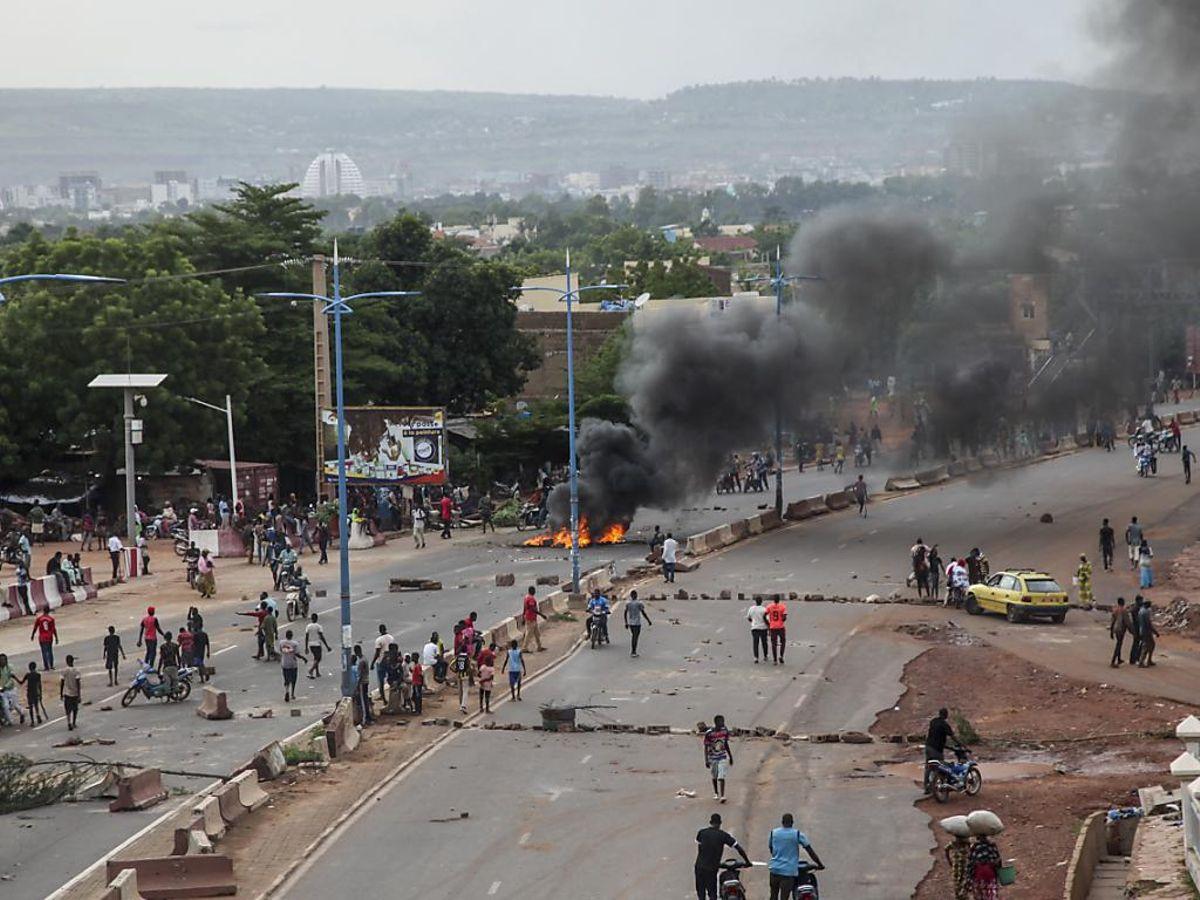 Mali: la CEDEAO, l'Union Africaine, les Nations Unies se disent préoccupés.