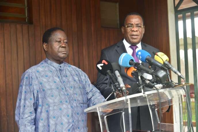 Côte d'Ivoire: l'opposition met en place un conseil national de transition présidé par Henri Konan Bédié