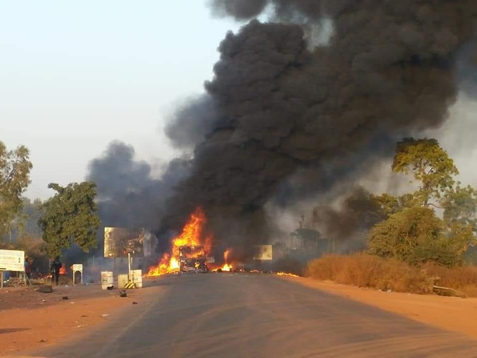Incendie d'un car à Yimdi (RN1) : 06 décès et 14 personnes bléssés