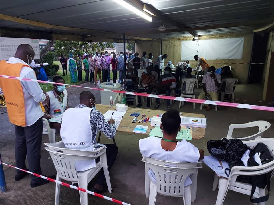 Présidentielle 2020: Les changements opérés dans les bureaux de vote ont désorienté certains électeurs
