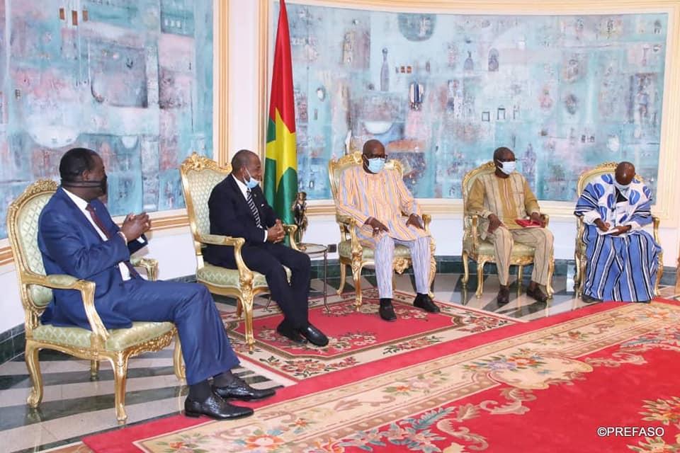 Elections couplées 2020 : la délégation de la CEDEAO félicite le peuple Burkinabè pour le bon déroulement du scrutin