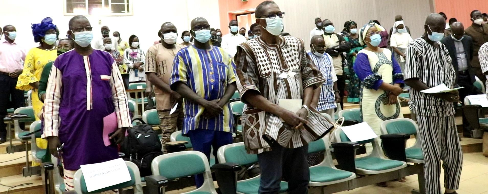 Santé: les attachés de santé en ophtalmologie se concertent pour lutter contre la cécité au Burkina