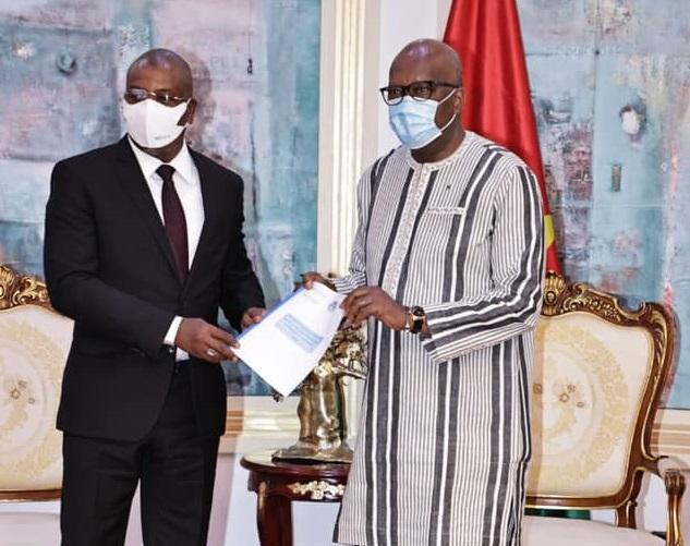 Conseil burkinabè des Chargeurs : le président du conseil d'administration présente la vie de la structure au président du Faso