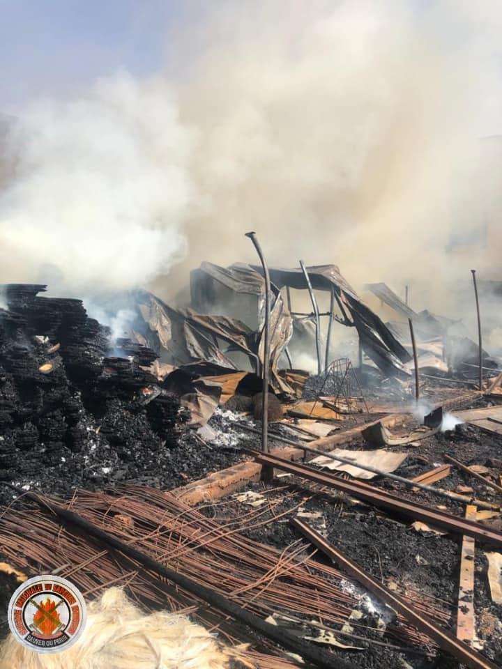 Ouagadougou: un entrepôt part en fumée