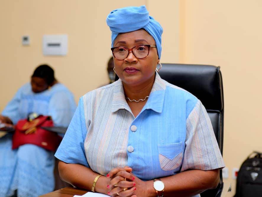 Initiative présidentielle « Assurer à chaque enfant en âge scolaire au moins un repas équilibré par jour » : Dr Sidibe/Anago Alice Gisèle installée dans ses fonctions de Secrétaire permanente