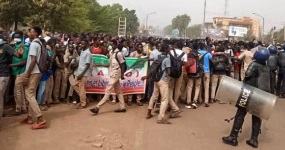 Burkina/Crise scolaire : Le Premier ministre Dabiré exprime «toute son «amertume»