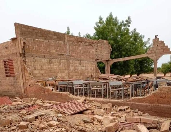 Burkina/ Education : un bâtiment scolaire s'effondre et tue un élève