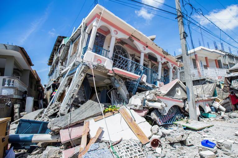 Haïti: Le bilan duséisme s'est alourdi à plus de 2000 morts